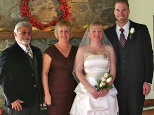 Small Weddings: Budget & Family Friendly 1