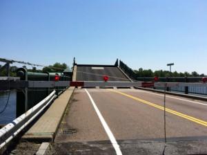 The North Hero – Grand Isle Draw Bridge closing