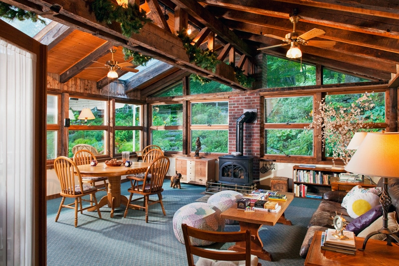 After a day of Vermont skiing, relax in the Commons area of our Vermont B&B.